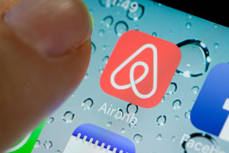 Airbnb Hosts Offer Free Housing To Evacuees Displaced By California