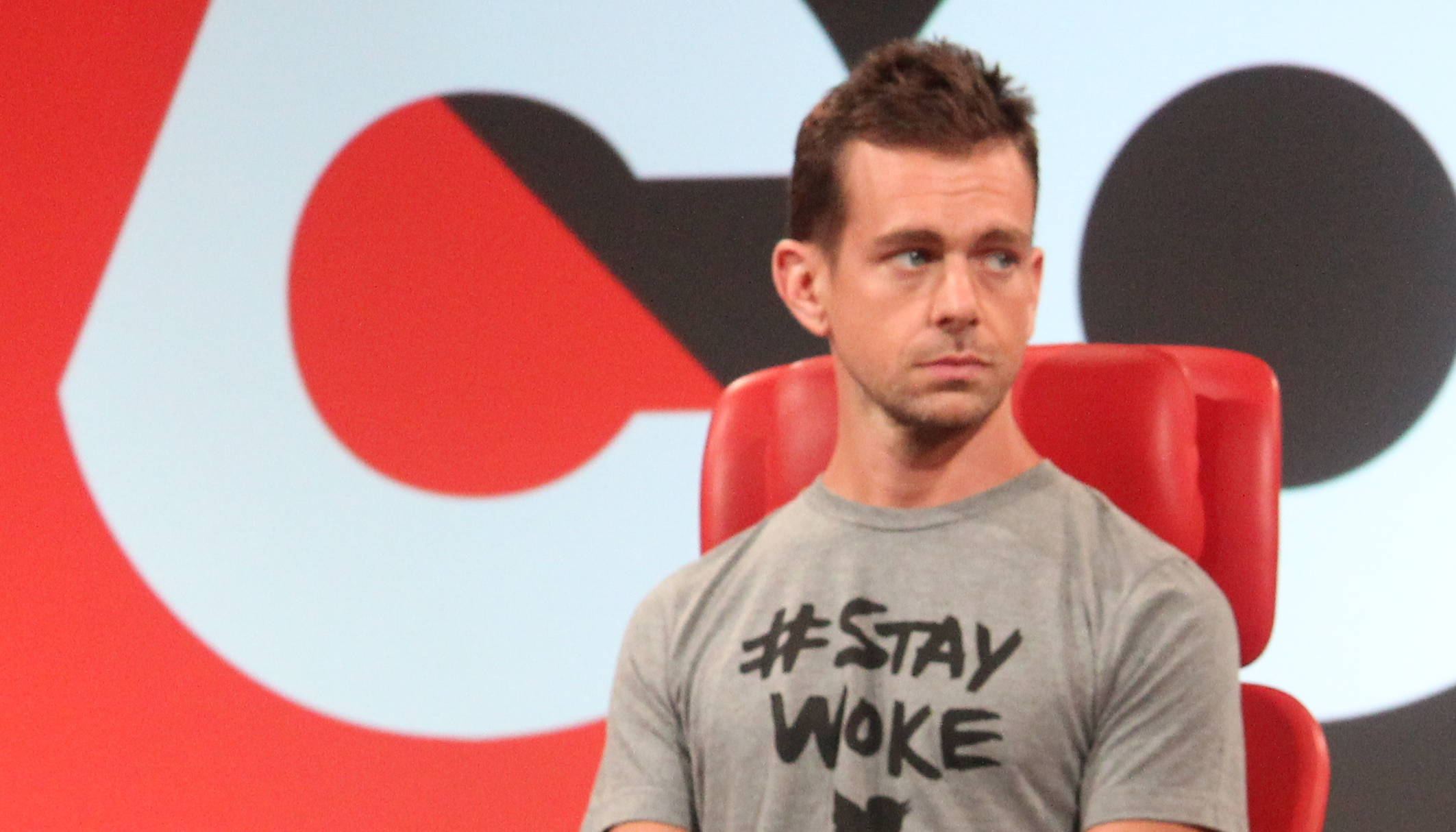 Twitter turns deep red after cautions on earnings call class=