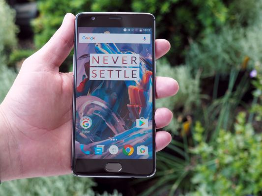 photo image OnePlus mulls the price of innovation
