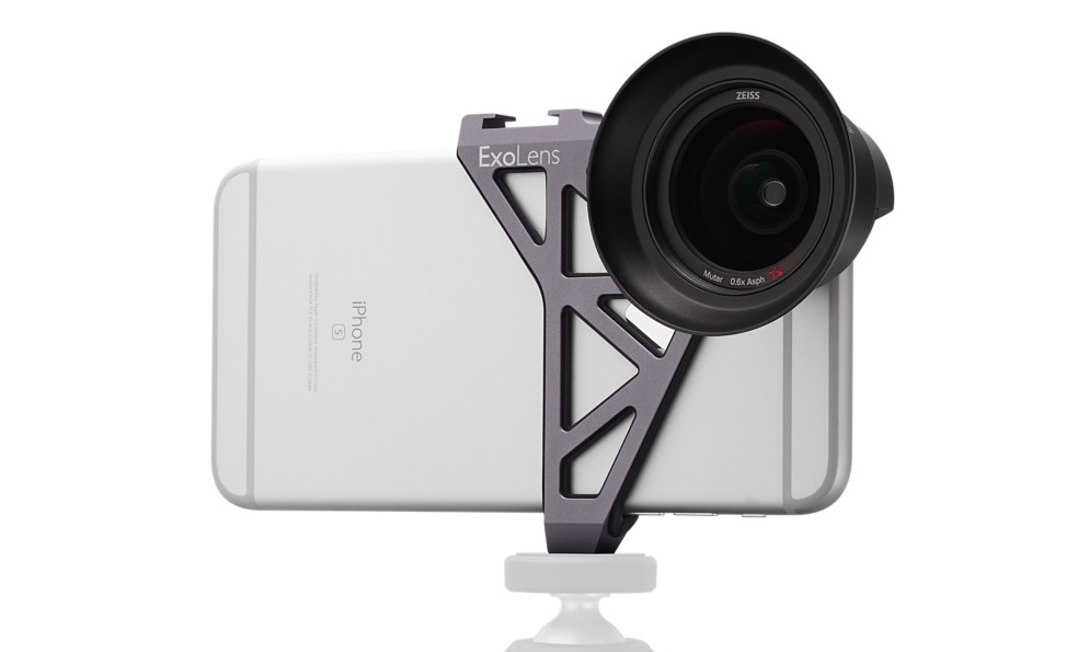 separation shoes b111b 1d7c5 Review: ExoLens' Zeiss iPhone lenses turns your phone into a full ...