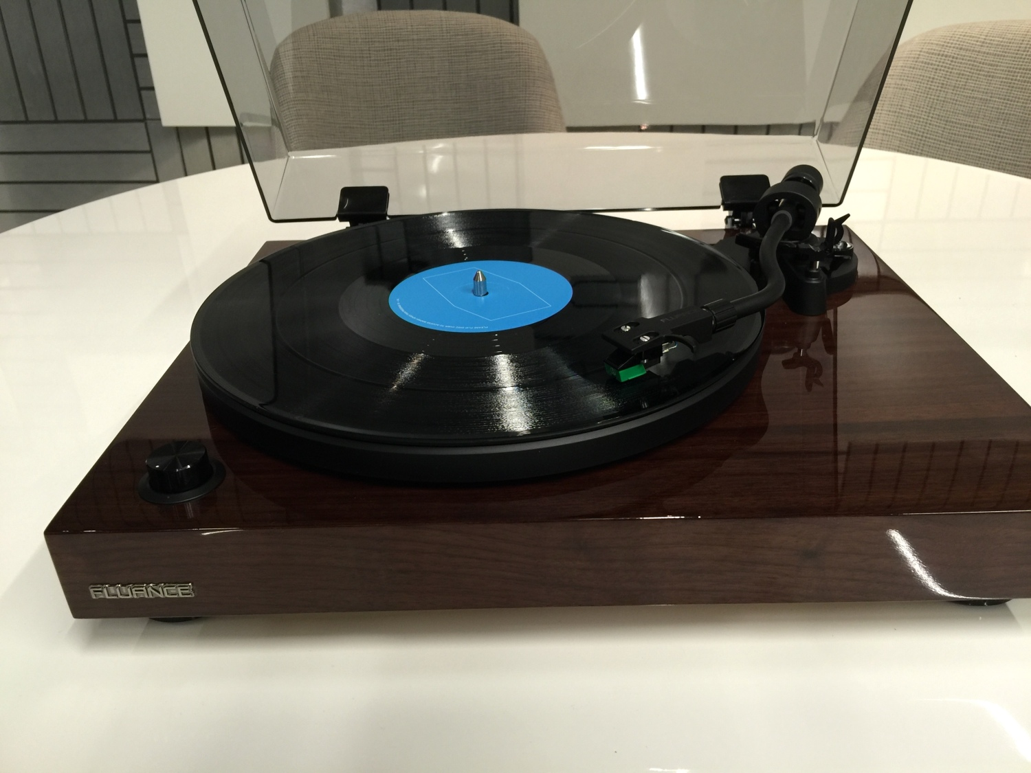 The Fluance RT81 is a high quality entry-level turntable at