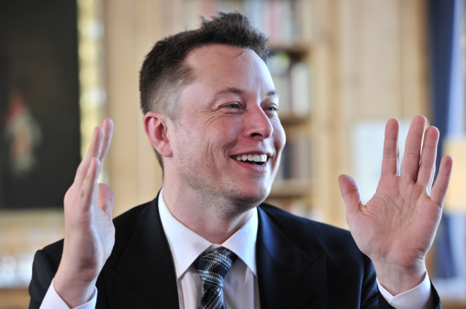 (GERMANY OUT) Menschen , Leute , People , Elon Musk Gruender Firma Fahrzeughersteller Tesla Motors Auto Elektroauto ECar (Photo by Lambert/ullstein bild via Getty Images)