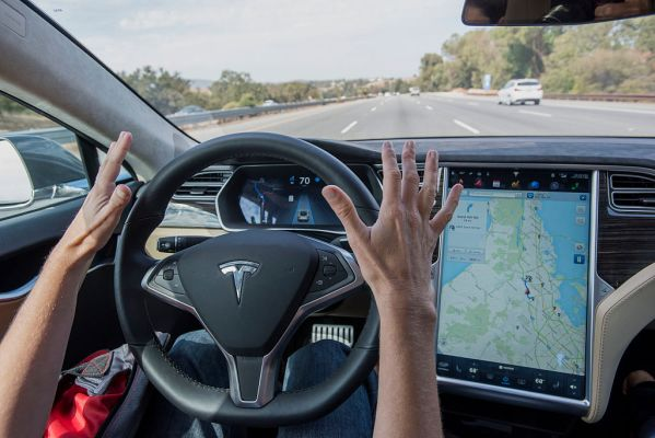 Tesla shows off next-gen automated emergency breaking stopping for pedestrians and cyclists – TechCrunch
