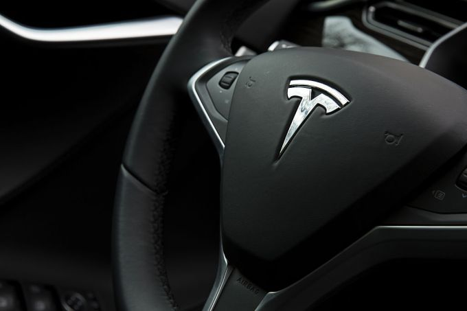 The interior view of a Tesla Motors Inc. Model S P90D, a model with some autopilot features, is seen during an exhibition featuring several self-driving cars outside of the Dirksen Senate Office Building in Washington, D.C., U.S., on Tuesday, March 15, 2016. Advocates of self-driving cars say the vehicles may revolutionize U.S. transportation enough so that the government can spend less money on roads, parking garages and public transportation systems. Photographer: Drew Angerer/Bloomberg via Getty Images
