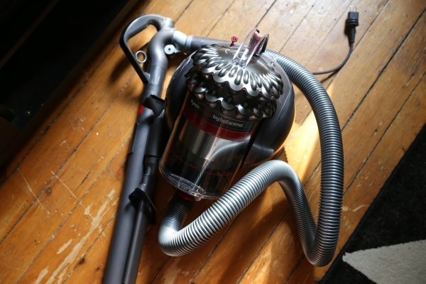 Dyson S Topple Resistant Cinetic Big Ball Animal Vacuum