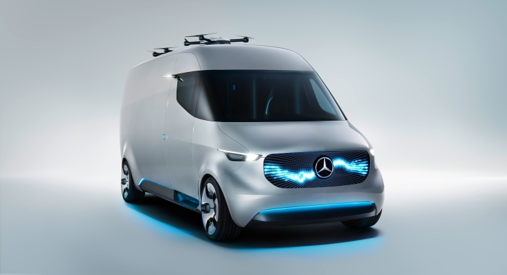 Mercedes-Benz Vision Van with a rooftop-integrated Matternet 2 drone.