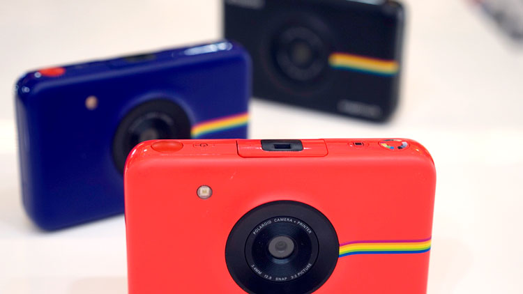 Best Polaroid Camera 2020.Polaroid S Digital Camera With A Built In Printer Is Best