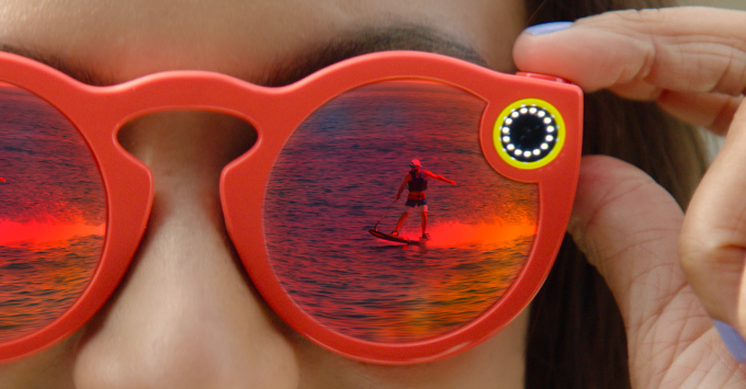 b226a62ca5 The hopes and headaches of Snapchat s glasses