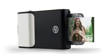 half off a116f 47658 Prynt grabs $7 million for its photo-printing phone case | TechCrunch