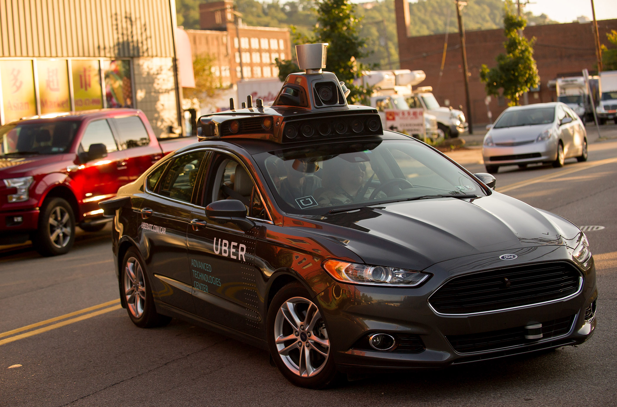Uber shuts down self-driving testing in Arizona; lays off 300
