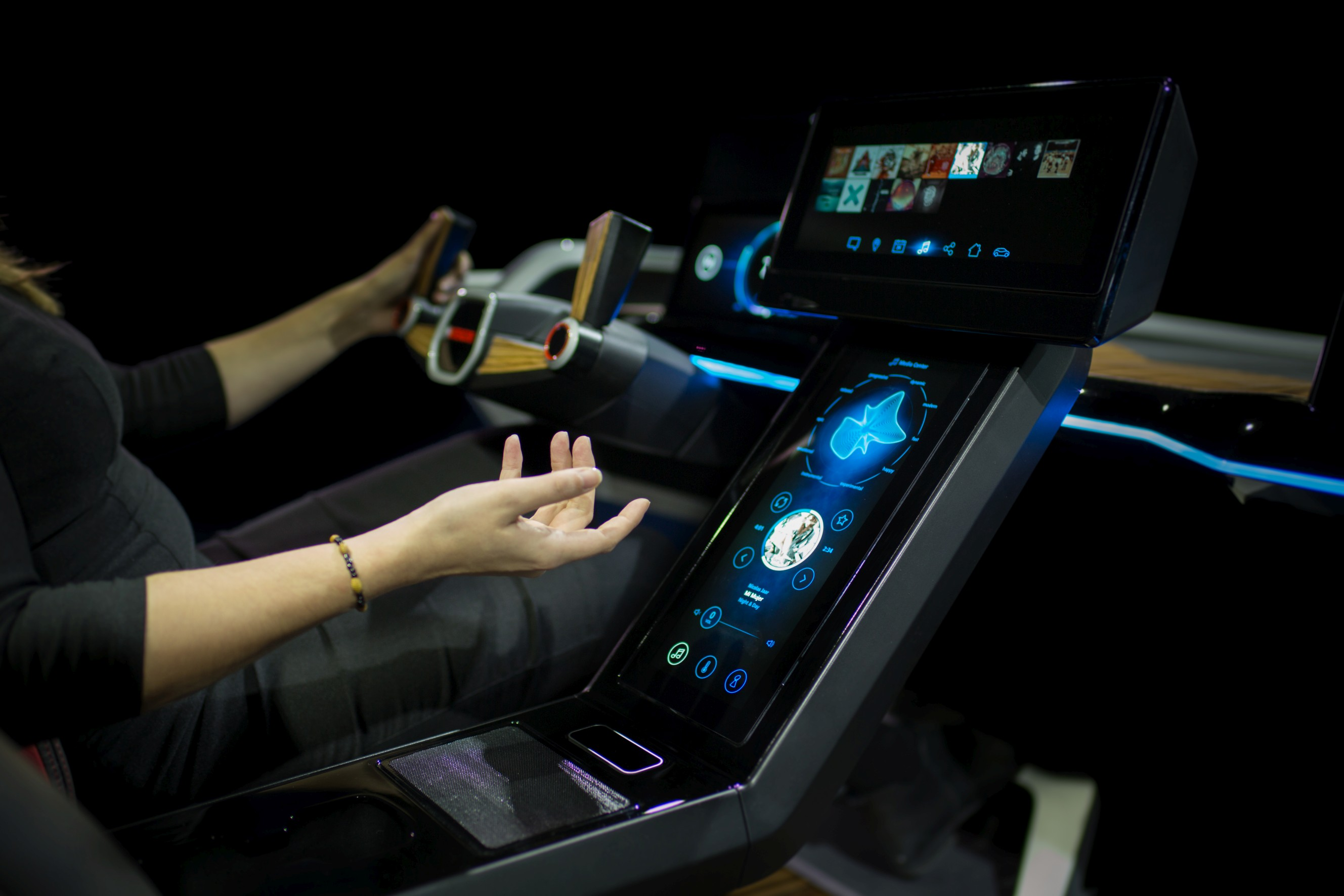 look out for ultrahaptics haptic feedback in new cars this year techcrunch. Black Bedroom Furniture Sets. Home Design Ideas