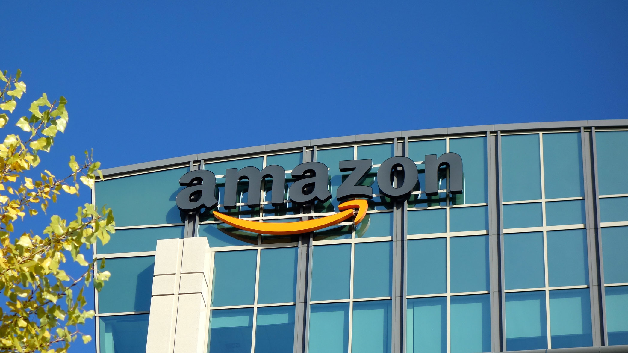Amazon launches Chime, a video conferencing and