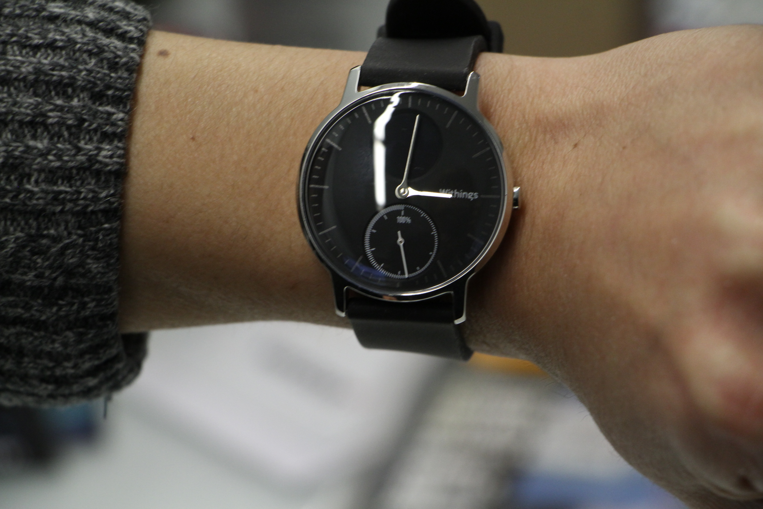 pair news android a hybrid that fossil accomplice debuts with q watches of phones trio