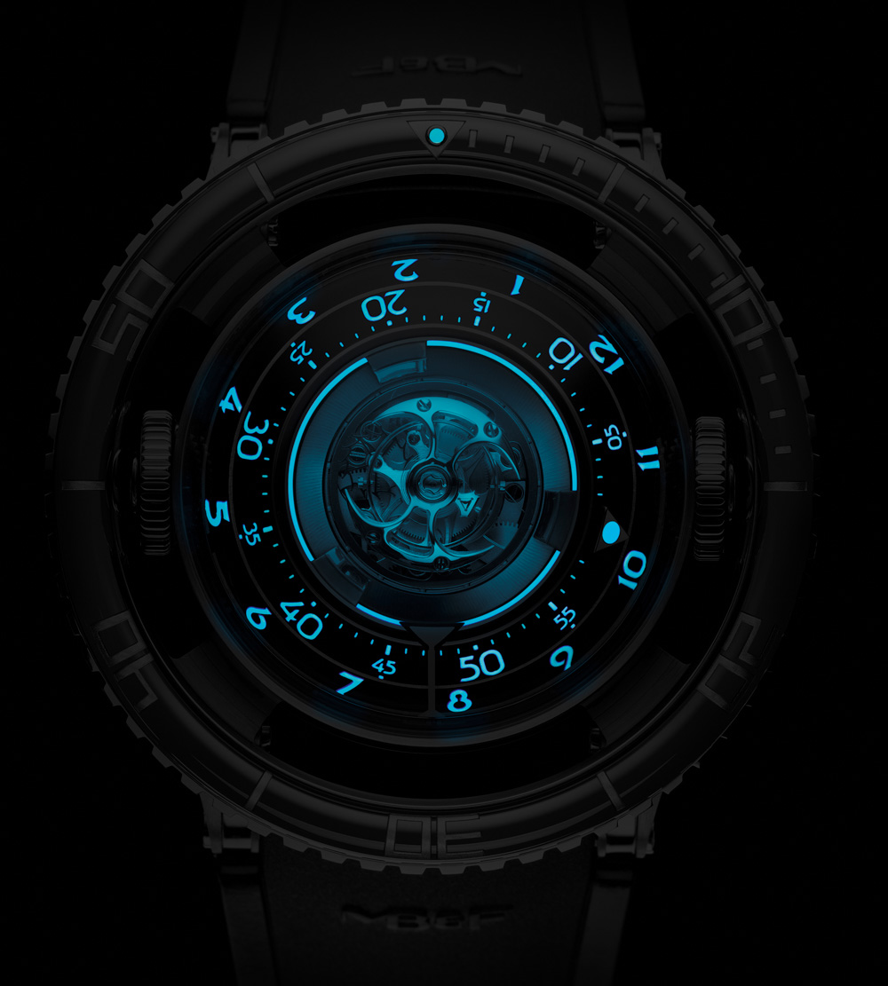mb-f-hm7-aquapod-watch-13