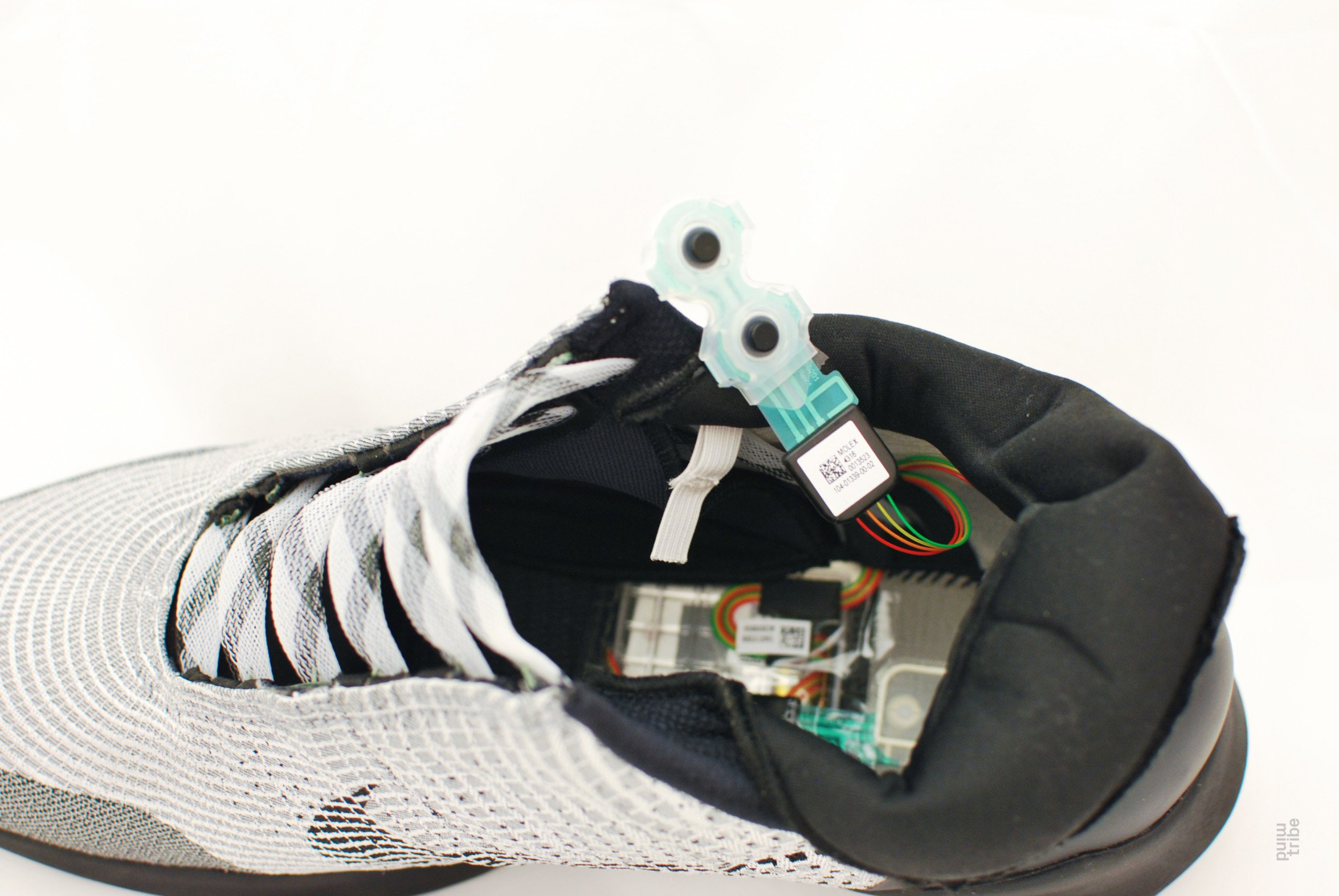 A Nike HyperAdapt teardown might hint at what's to come for the self