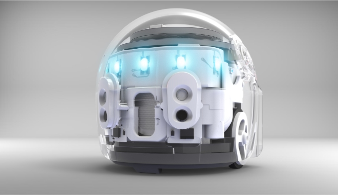 The Ozobot Evo in white.
