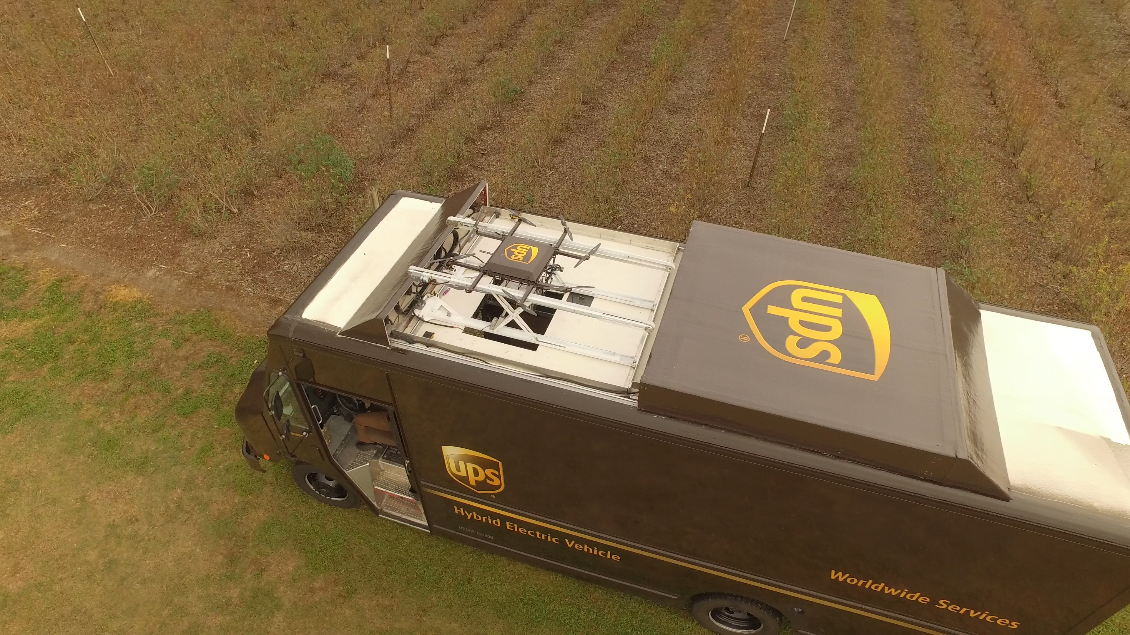 ups-florida-footage-01_03_37_11-still064