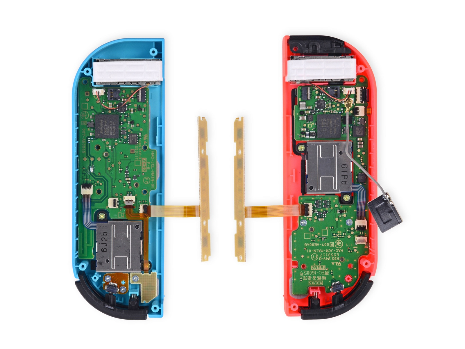 The Nintendo Switchs Left Joy Con Connection Issues Are Hardware Electronic Components Switches Pull Cord Rapid Online In Addition To Different Button Layouts Right One Has An Ir Sensor And Nfc Its A Bit More Cramped Inside Thats Why Put