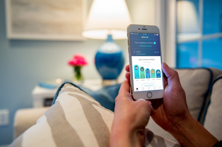 comcast invests in mesh router maker plume launches xfinity xfi for