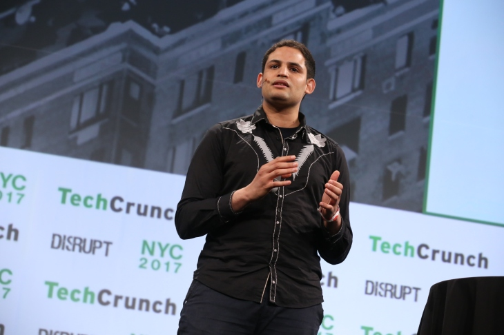 Riminder presents at Startup Battlefield at TechCrunch Disrupt NY 2017