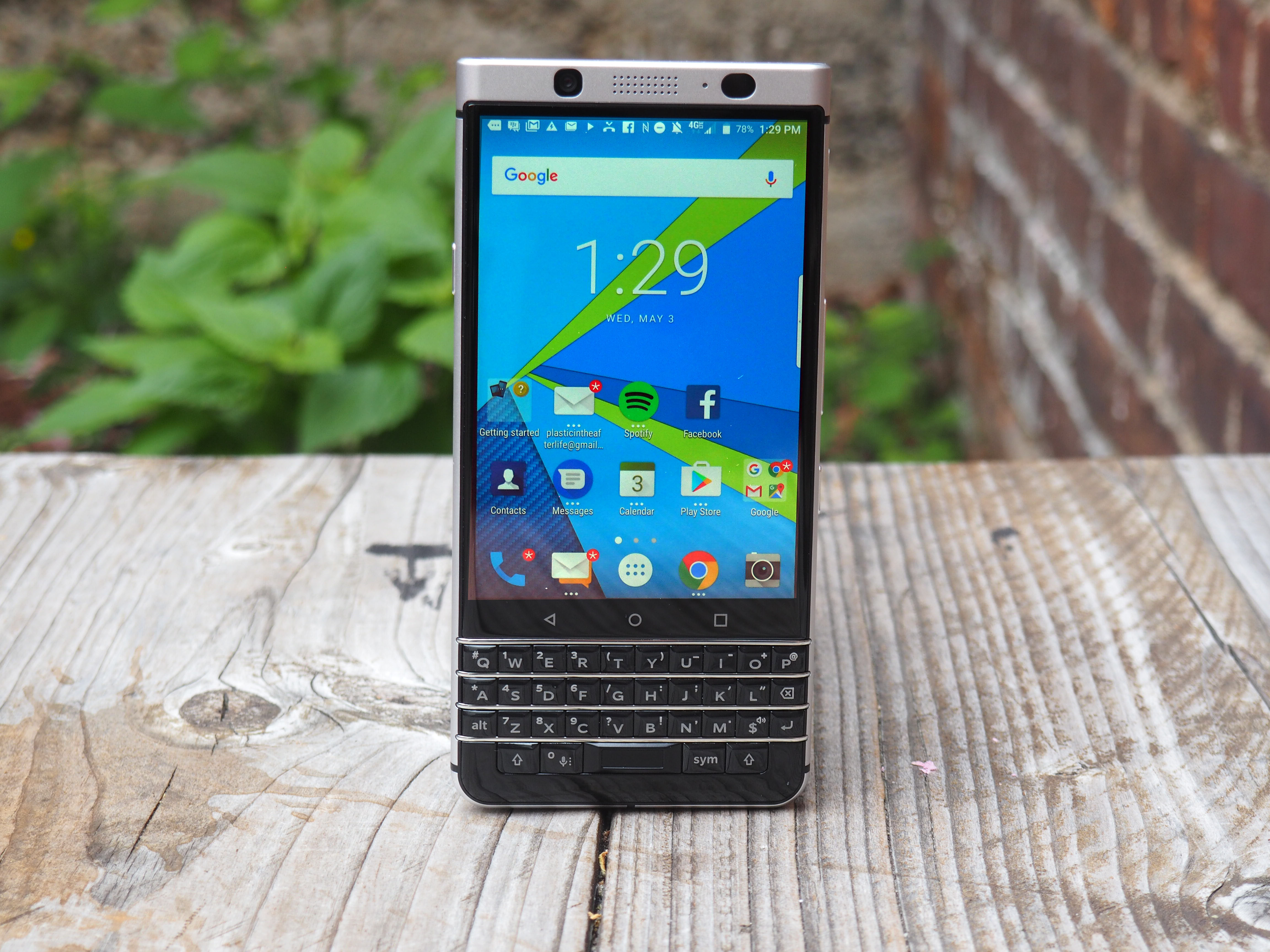 The Keyone Is The Phone Blackberry Should Have Made 10 Years Ago Techcrunch