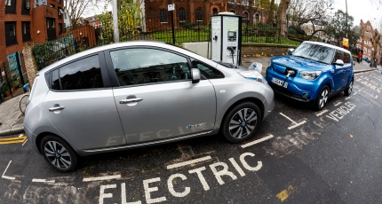 Electric Car Charge Station Payment Systems May Lack Basic Security