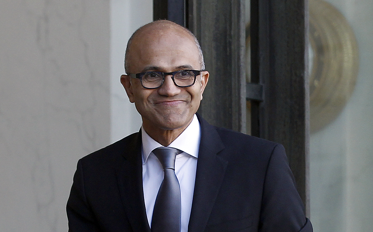 Could Microsoft beat Apple in becoming the world's first $1tn company?