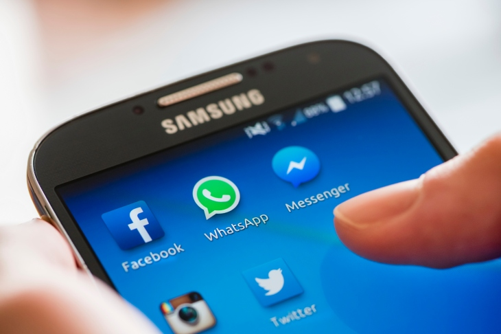 WhatsApp limits message forwarding in bid to reduce spam and