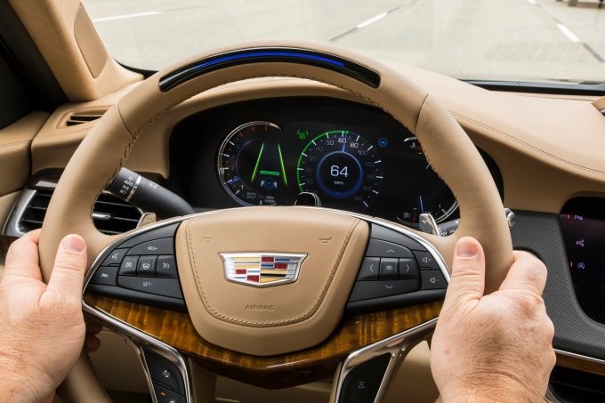 Gm S Super Cruise Just Beat Out Tesla Autopilot In Consumer Reports Ranking Techcrunch