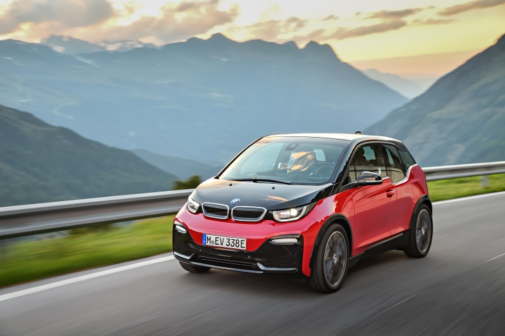 Bmw Adds A Sport Package To The I3 Electric Vehicle