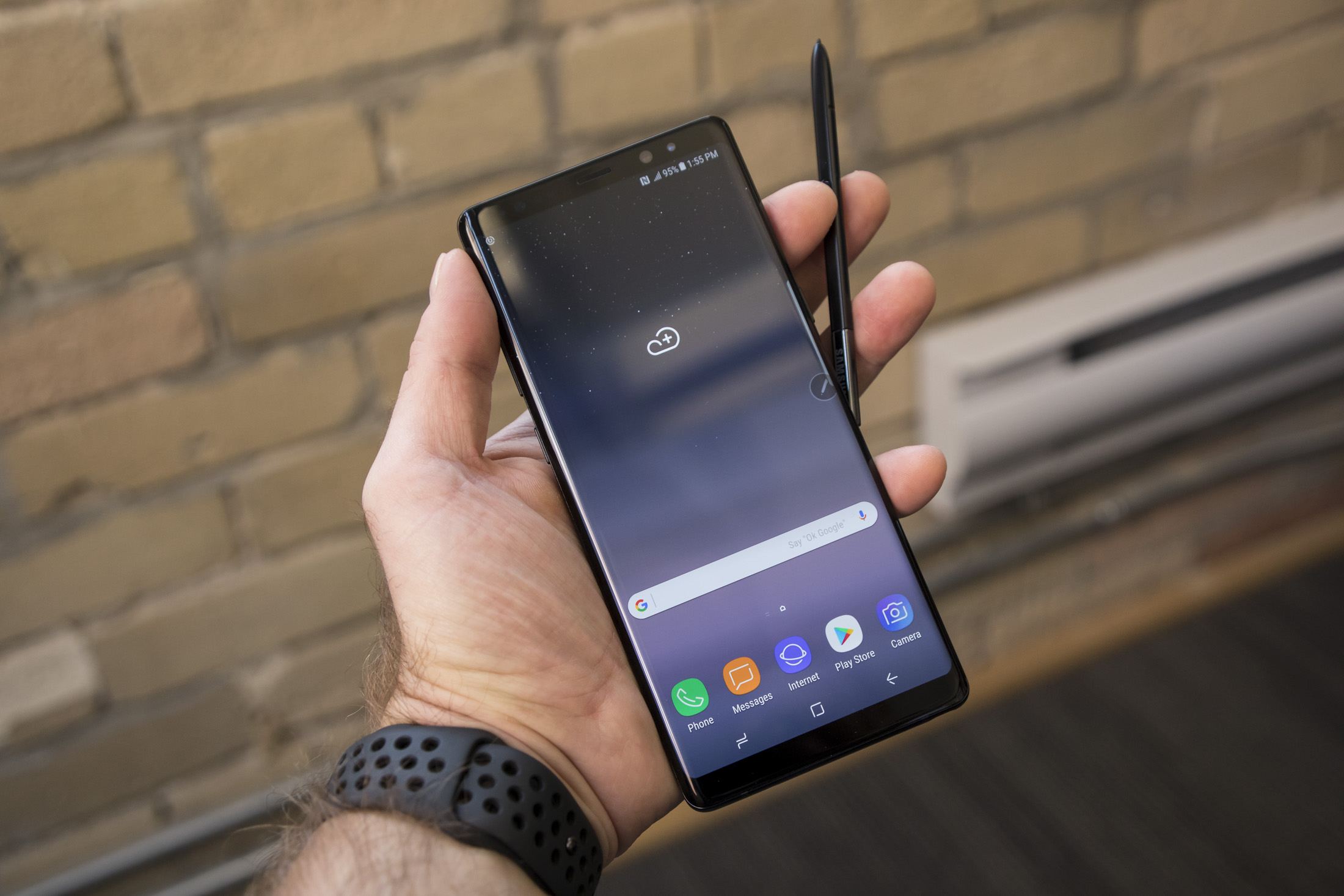 Samsung's Galaxy Note 8 seems like the dream of the phablet