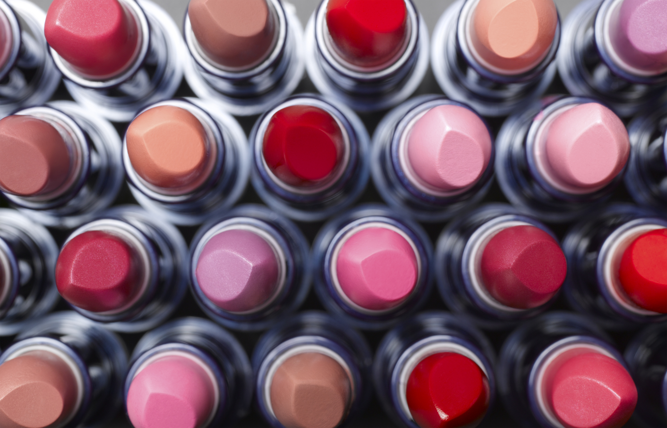 Google Search Lets You Try On Makeup Like Lipstick & Eyeshadow