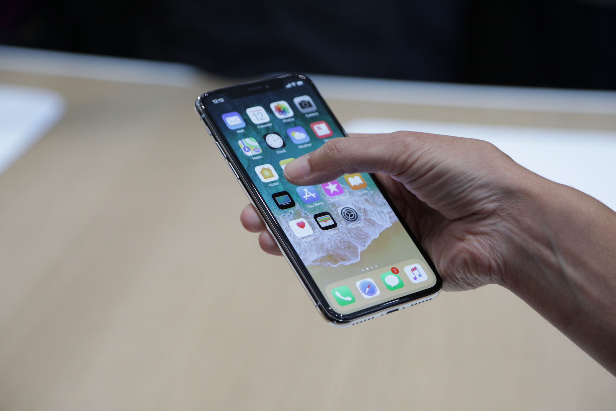 iphone x prekyba opcionais bičių parinktys