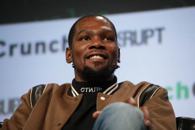 62fade588585 Apple is developing a scripted basketball show inspired by Kevin Durant s  life