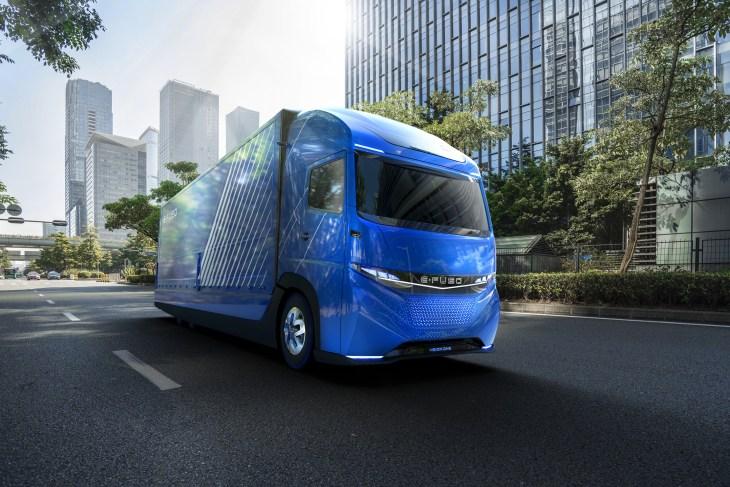 Daimler Trucks Präsentiert E Fuso Und Vollelektrischen Schweren Lkw Vision One