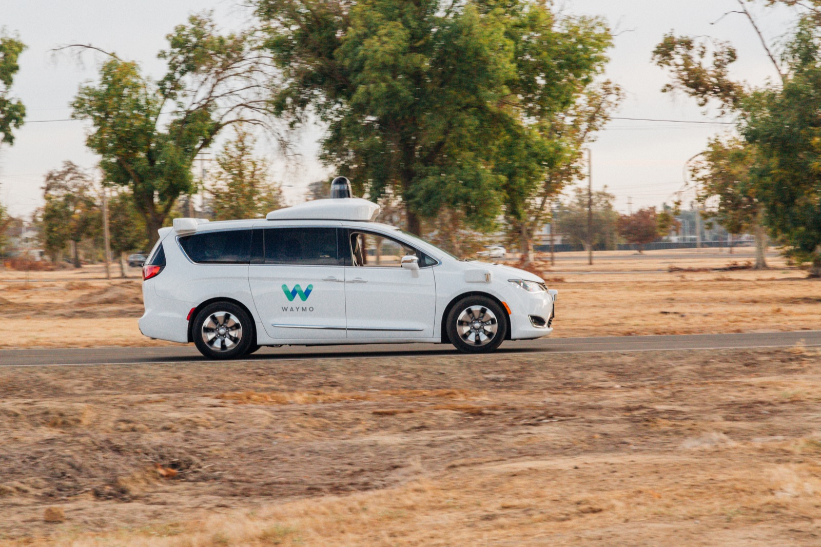Waymo will purchase up to 62,000 self-driving minivans from Chrysler