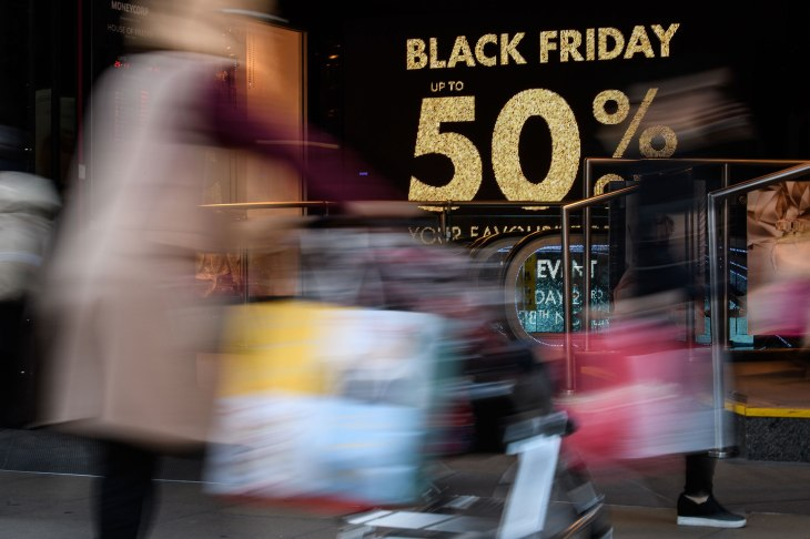 Black Friday Sees Record 7 4b In Online Sales 2 9b Spent Using Smartphones Techcrunch