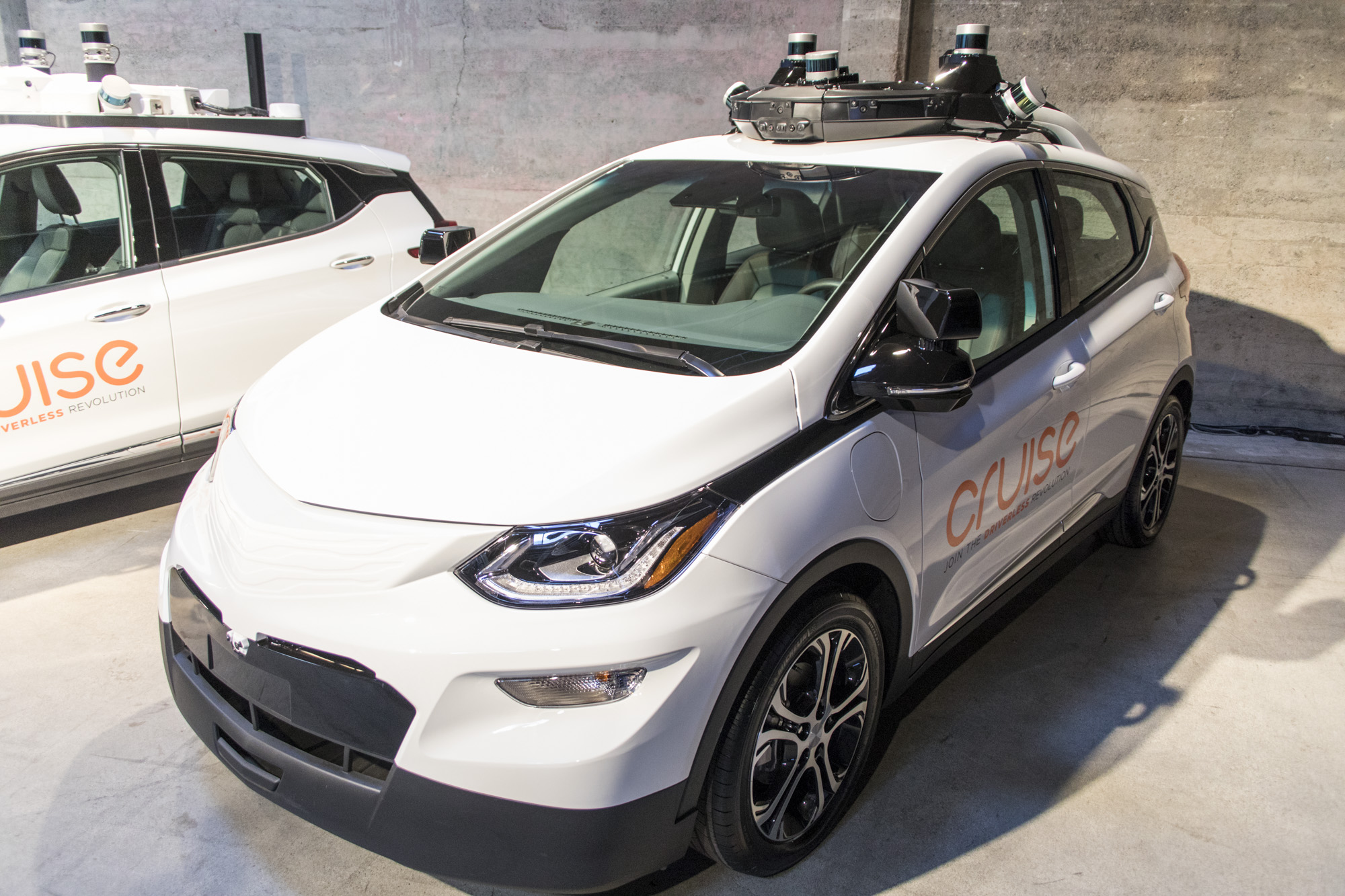 Arizona governor suspends Uber's ability to test self-driving cars