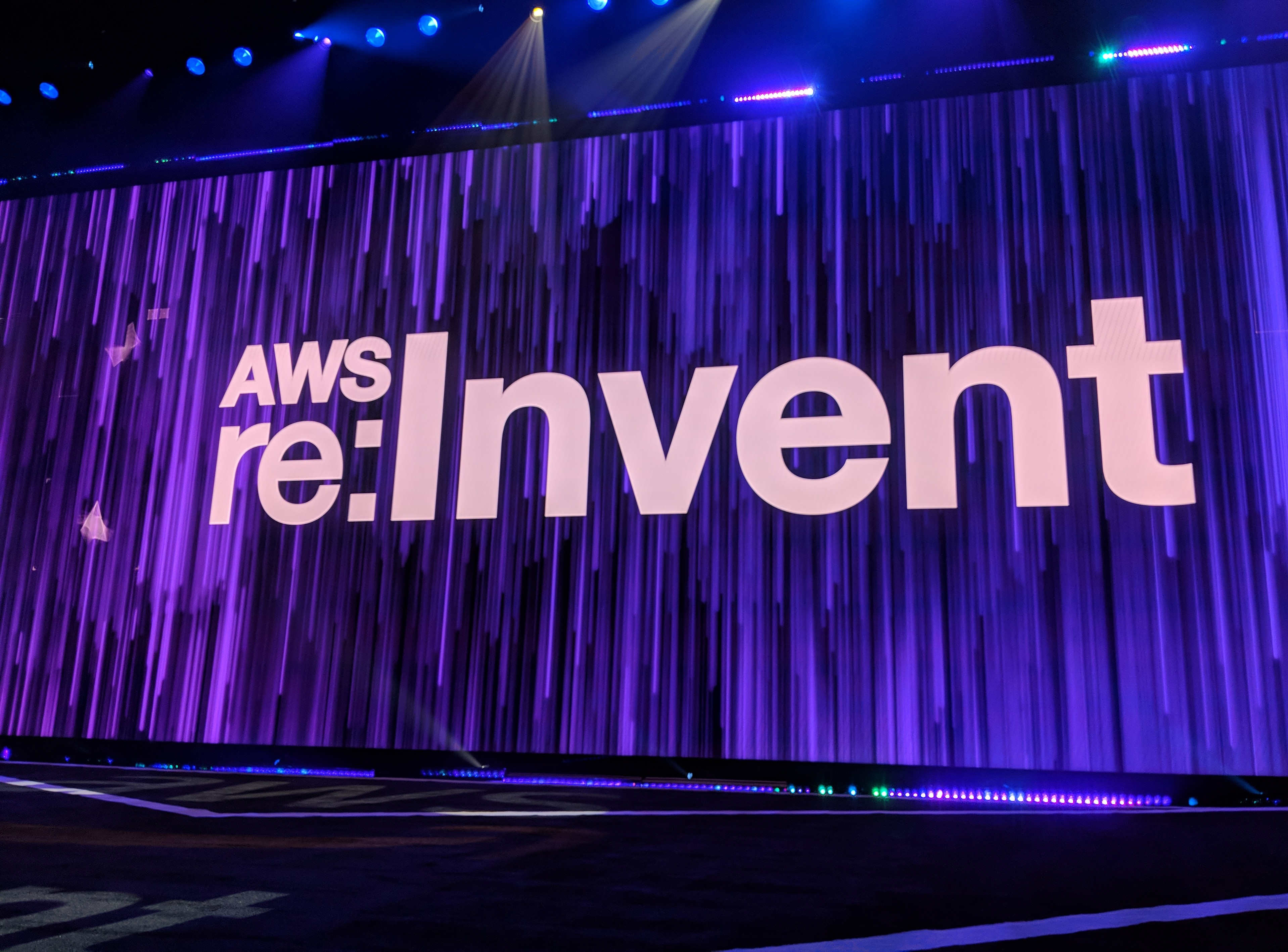 AWS rolls out AppSync to enable offline app usage | TechCrunch