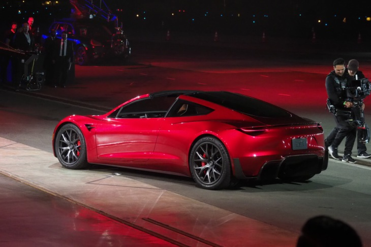 New Tesla Roadster >> Tesla Unveils The New Roadster Techcrunch