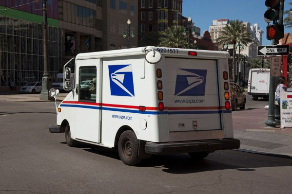 After bashing Amazon deals, Trump orders investigation of U.S. Postal Service gettyimages 590683437