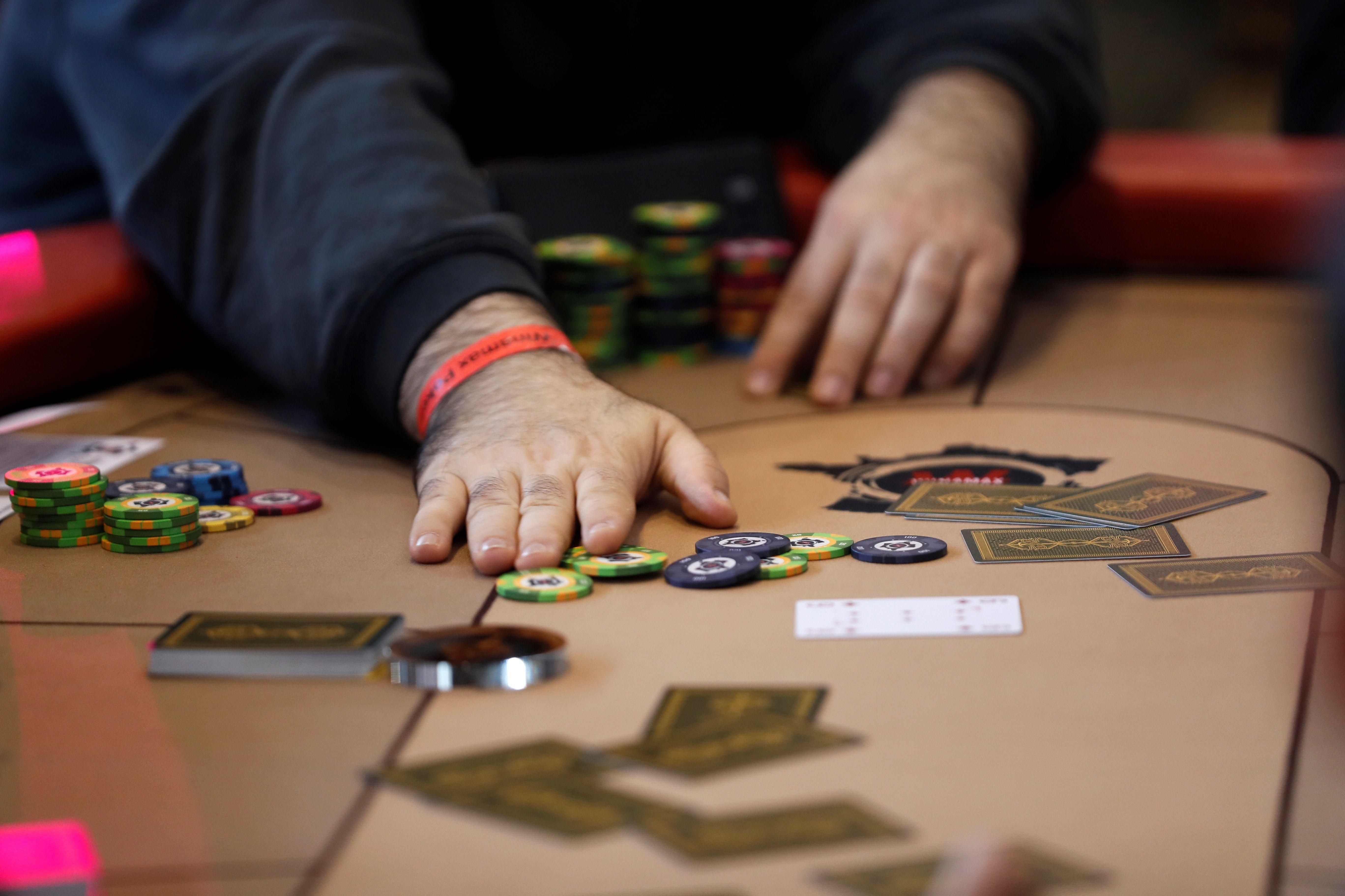Texas holdem poker kena banned