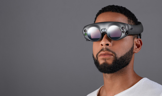 Oculus co-founder trashes Magic Leap headset in review, calling it a 'tragic heap'