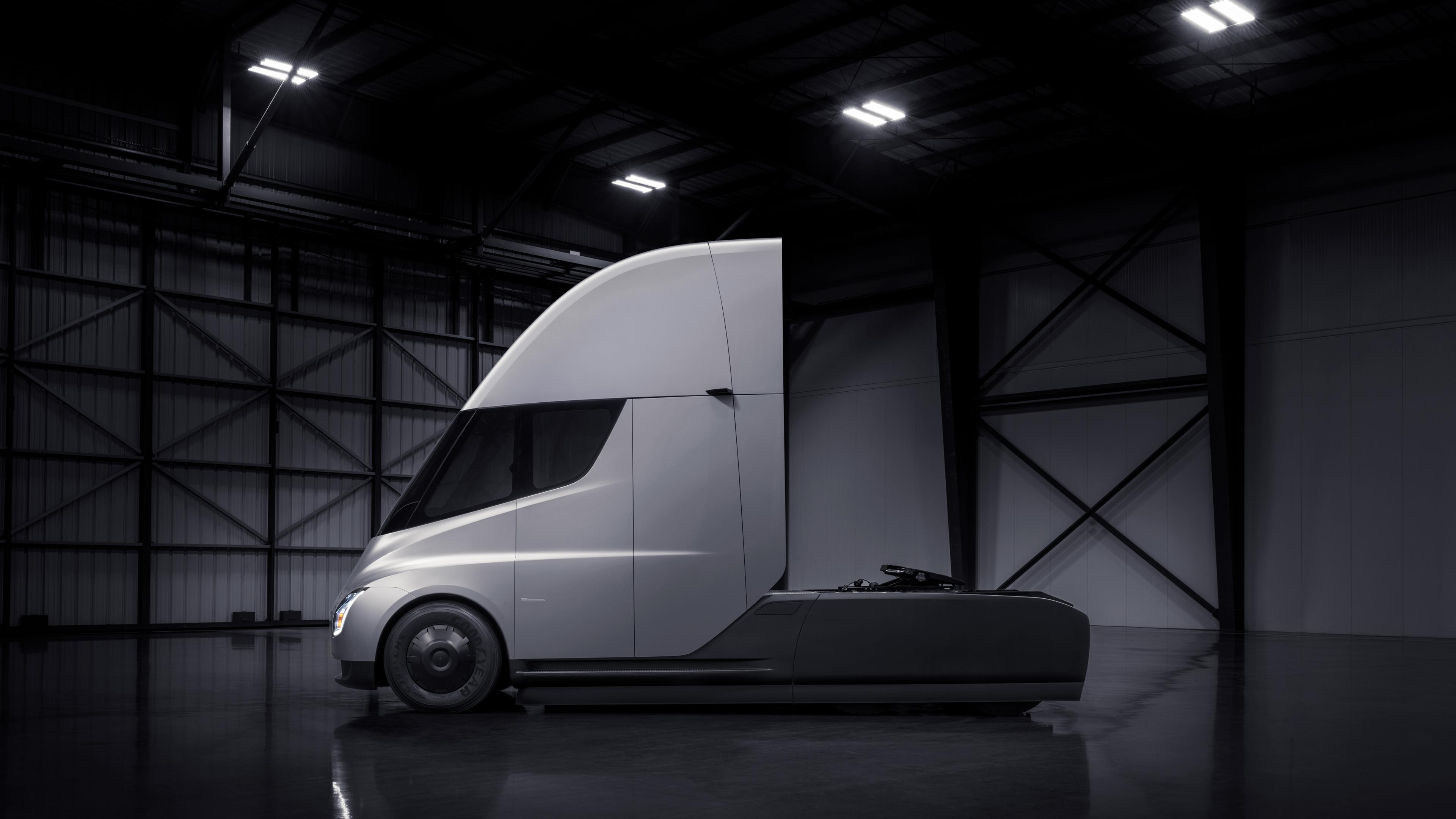 Tesla to start volume production of semi trucks: memo
