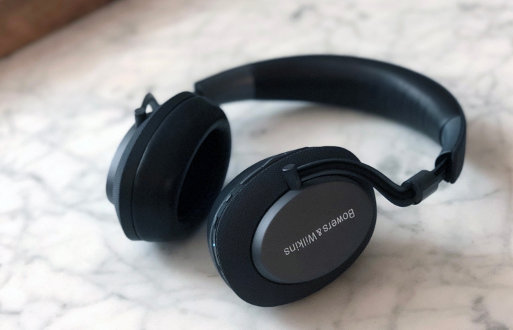 the bowers wilkins px headphones offer big sound at a high price