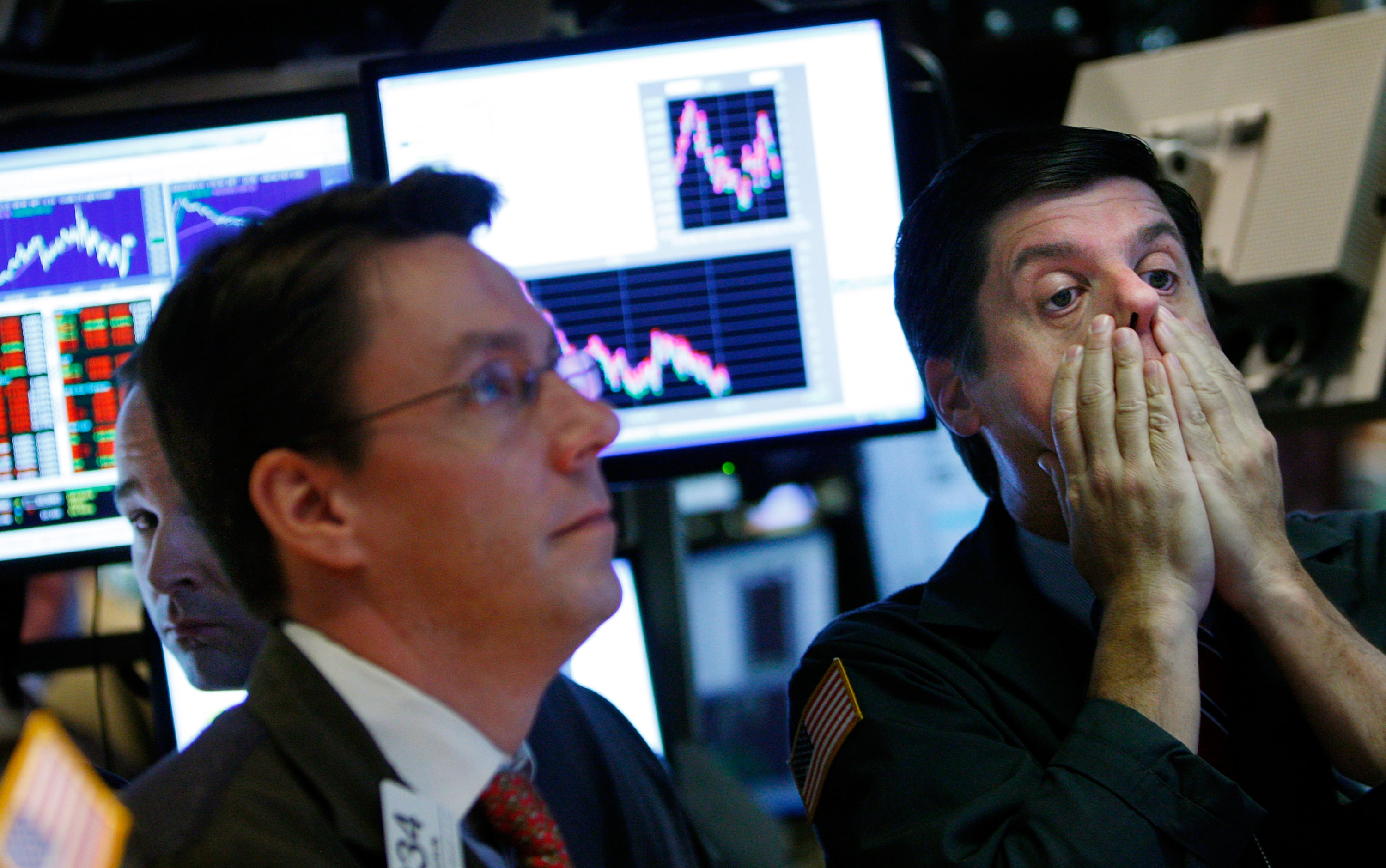Dow plunges into bear market as selling accelerates