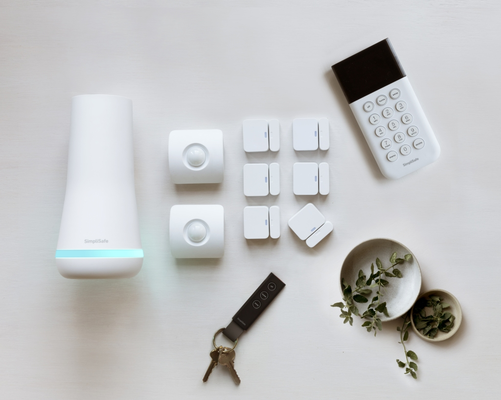SimpliSafe redesigns its home security system, announces video ...
