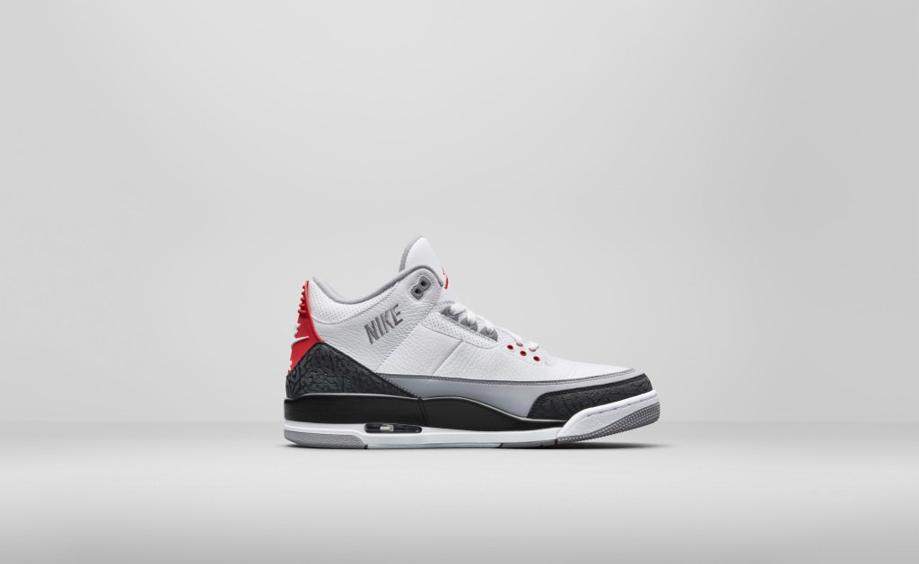 Nike teamed up with Snap and Darkstore to pre-release Air Jordan III   Tinker  shoes on Snapchat  71a6000bf