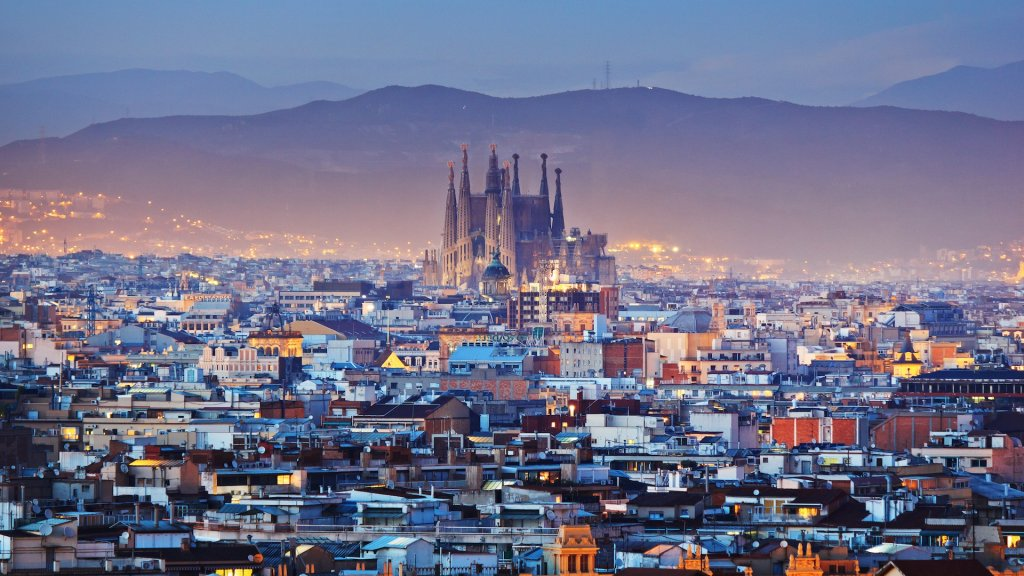 Cabify returns to Barcelona with a workaround for ride-hailing wait limits