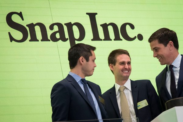 Snap looks to load up on cash in sizable debt offering